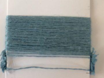 pull bleu celadon